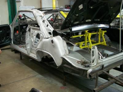1966-67 Chevy II Body Skeleton Mini-Tubbed Column Shift Bench Seat