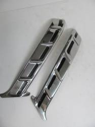 1955-57 Chevy - Exterior Chrome - 1956 Chevy 150 & 210 2&4-Door Sedan Restored Upper Paint Dividers Pair