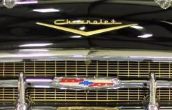 1957 Chevy Grillebar Emblem - Image 2